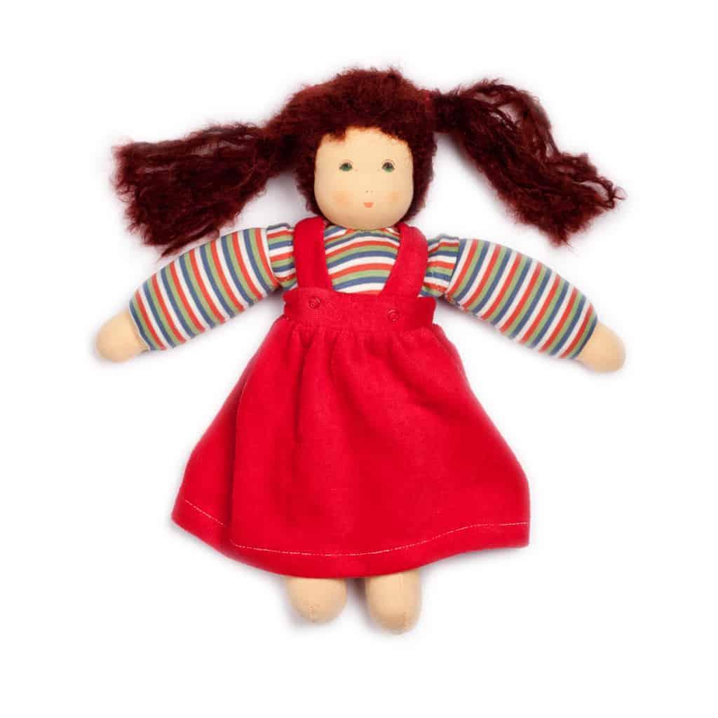 Håndsyet økologisk dukke